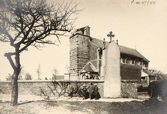 Kerk Pellenberg stukgeschoten toren